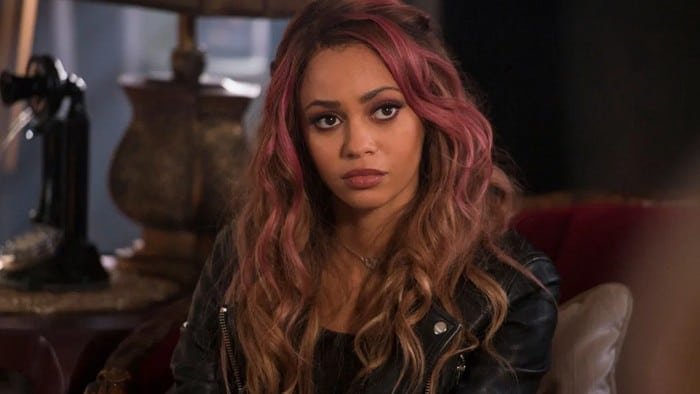 Vanessa Morgan se dit victime de discrimination sur la série Riverdale