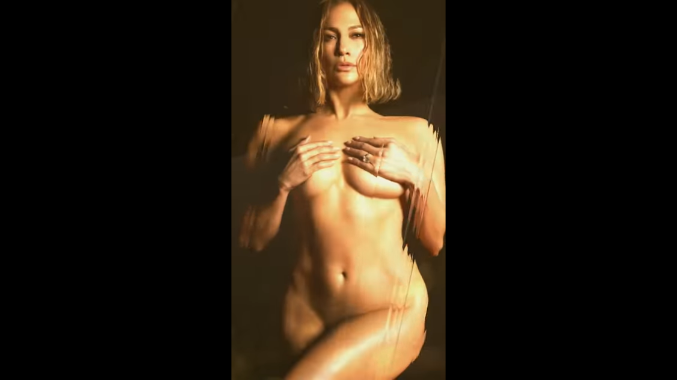 Jennifer Lopez totalement nue pour annoncer In The Morning son nouveau single